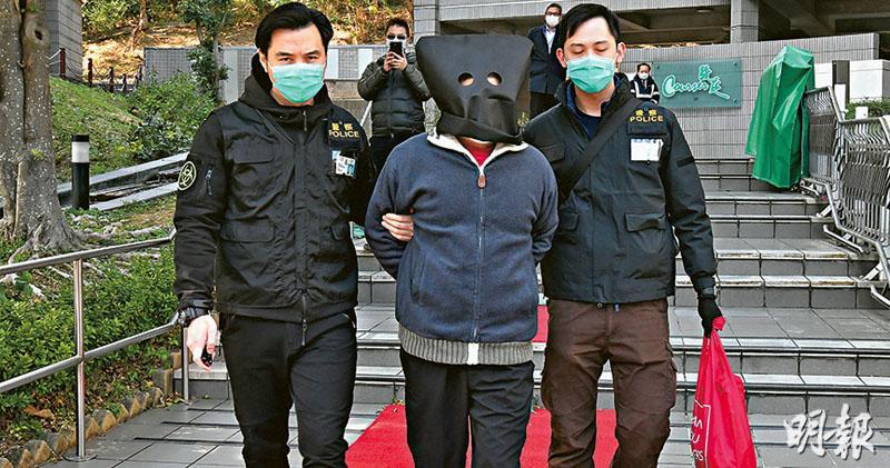 深井虐畜案男教師被捕29寵物高處墮下15死14傷